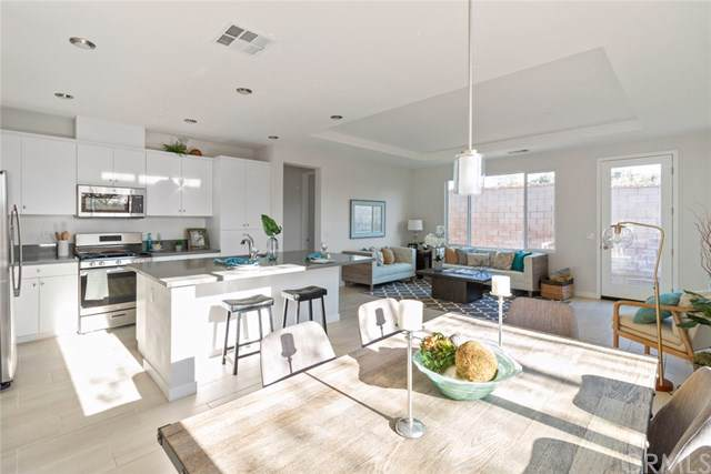 32025 Merano Street, Lake Elsinore, CA 92530 (#302408129) :: Cane Real Estate
