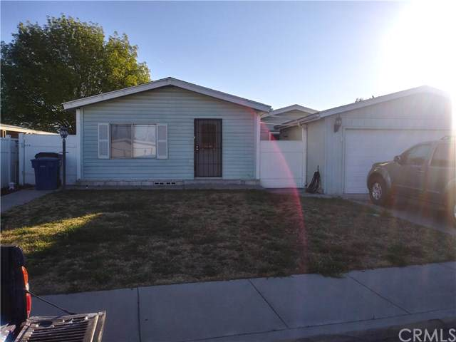 347 S Burney Street, Rialto, CA 92376 (#302408711) :: The Yarbrough Group