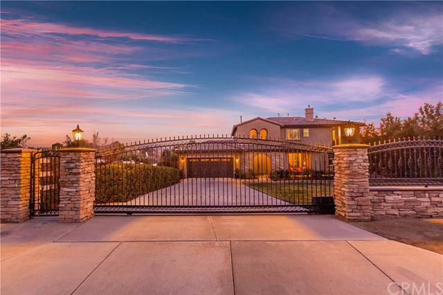 17543 Timberview Drive, Riverside, CA 92504 (#302409403) :: Whissel Realty