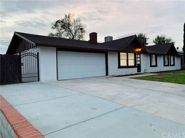 6734 Lilac Avenue, Rialto, CA 92376 (#302411102) :: The Yarbrough Group