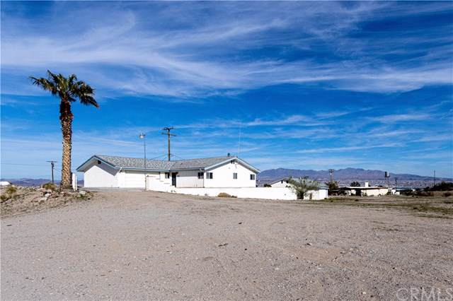 12161 Sunbonnet Road, Needles, CA 92363 (#302411469) :: Whissel Realty
