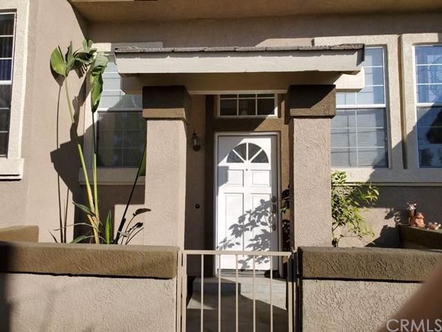 339 S Van Buren Avenue B, Placentia, CA 92870 (#302412608) :: Whissel Realty