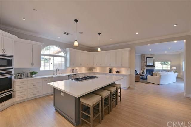 9522 James Circle, Villa Park, CA 92861 (#302428043) :: Whissel Realty