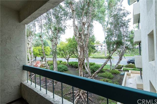 11233 Tierrasanta Boulevard #28, San Diego, CA 92124 (#302430444) :: Tony J. Molina Real Estate