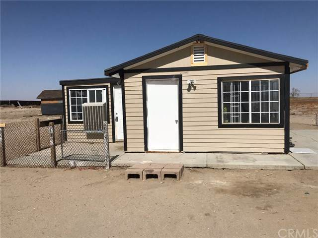 10855 E Avenue M, Palmdale, CA 93591 (#302430685) :: Keller Williams - Triolo Realty Group