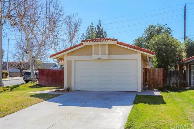 1878 Overland Street, Colton, CA 92324 (#302431479) :: COMPASS