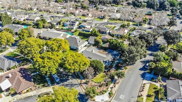 2101 N Westwood Avenue, Santa Ana, CA 92706 (#302433827) :: Keller Williams - Triolo Realty Group