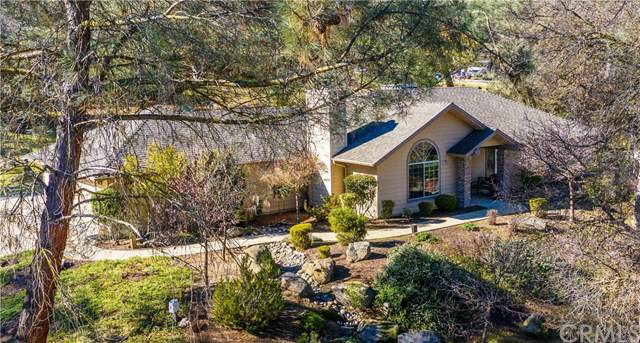 42534 Long Hollow Drive, Coarsegold, CA 93614 (#302434926) :: Whissel Realty