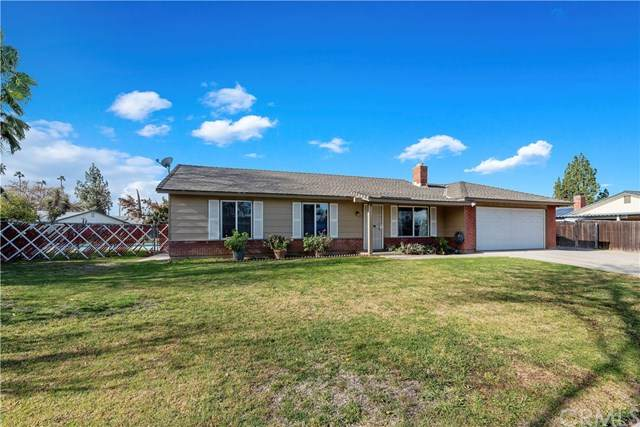 2712 Spicewood Lane, Riverside, CA 92504 (#302436080) :: Whissel Realty