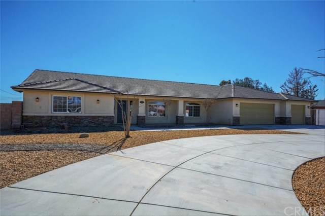14583 Gayhead Road, Apple Valley, CA 92307 (#302436781) :: COMPASS