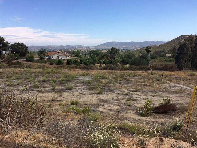 0 Villa Sierra, Valley Center, CA 92082 (#302436806) :: COMPASS