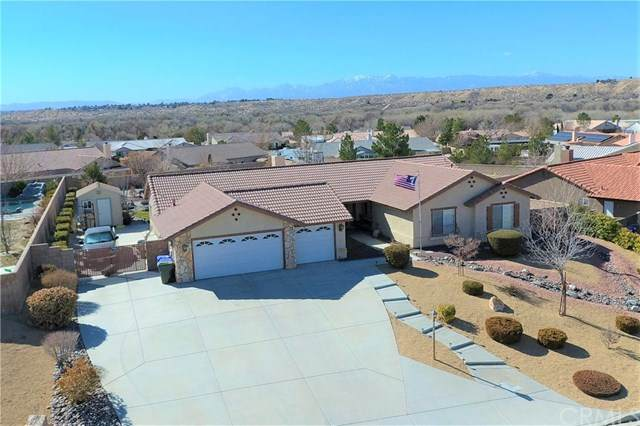 17825 Branding Iron Road, Apple Valley, CA 92307 (#302437000) :: COMPASS