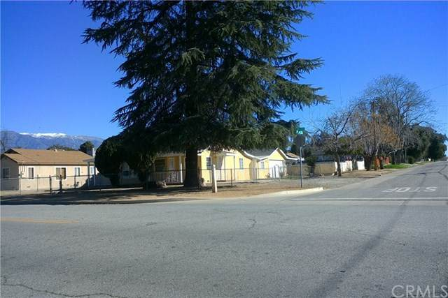 902 Elm, Beaumont, CA 92223 (#302439333) :: Whissel Realty