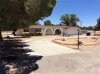 19402 Kinai Road, Apple Valley, CA 92307 (#302440806) :: COMPASS