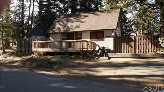 2398 Whispering Pines Drive, Running Springs, CA 92382 (#302442458) :: Whissel Realty
