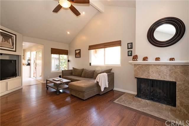 22892 Caminito Flores #136, Laguna Hills, CA 92653 (#302442464) :: Pugh-Thompson & Associates