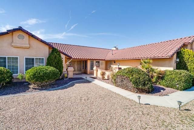 16112 Saint Timothy Road, Apple Valley, CA 92307 (#302444261) :: COMPASS