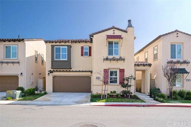 1250 N Vecino Lane, Placentia, CA 92870 (#302444820) :: Whissel Realty