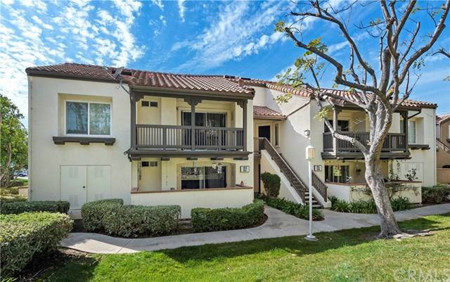 129 N Cross Creek Road G, Orange, CA 92869 (#302445041) :: Cay, Carly & Patrick | Keller Williams