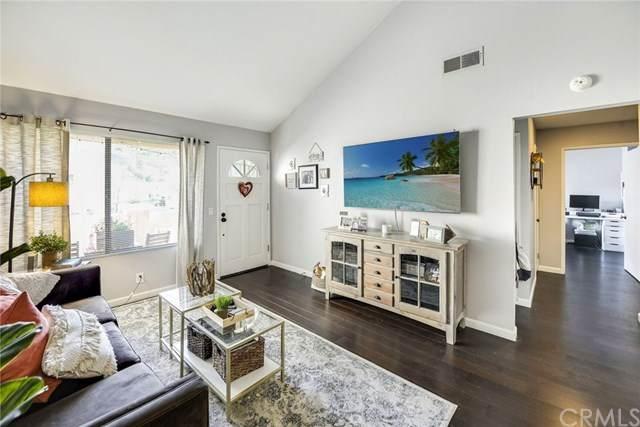 5722 E Stillwater Avenue #27, Orange, CA 92869 (#302445674) :: Cay, Carly & Patrick | Keller Williams