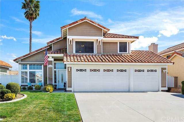 39048 Via Pamplona, Murrieta, CA 92563 (#302445719) :: Farland Realty