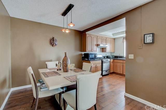 434 W 223rd Street #212, Carson, CA 90745 (#302449786) :: Keller Williams - Triolo Realty Group