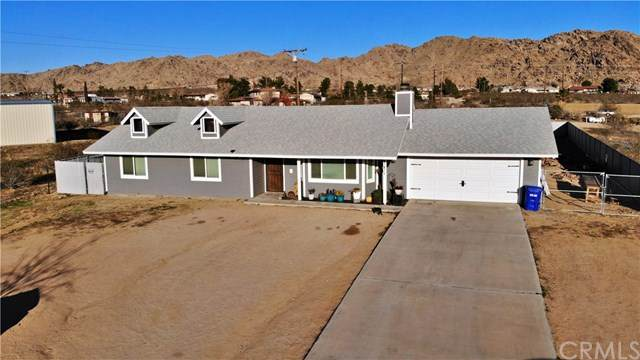 17471 Pauhaska Road, Apple Valley, CA 92307 (#302450767) :: COMPASS