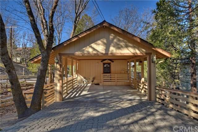 1071 Oak Lane, Lake Arrowhead, CA 92352 (#302451186) :: The Yarbrough Group