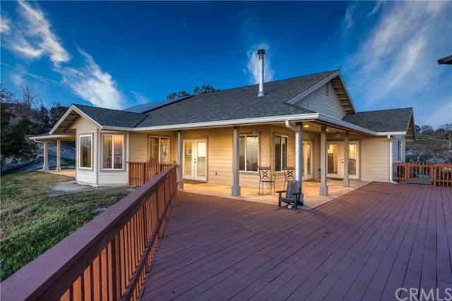 41052 Lilley Mountain Drive, Coarsegold, CA 93614 (#302452996) :: Keller Williams - Triolo Realty Group