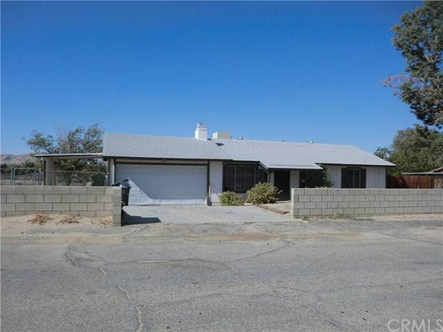 16115 Coolwater Avenue, Palmdale, CA 93591 (#302453410) :: Keller Williams - Triolo Realty Group