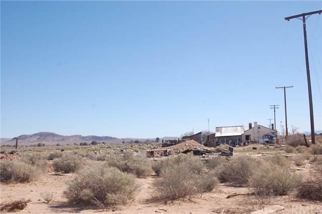 21070 Santa Fe, Hinkley, CA 92347 (#302458560) :: Keller Williams - Triolo Realty Group