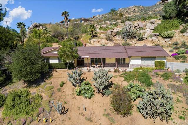 375 Two Trees Road, Riverside, CA 92507 (#302459960) :: Keller Williams - Triolo Realty Group