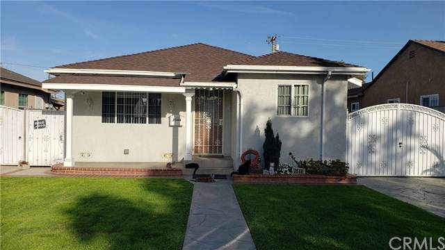 2544 Hayes Avenue, Long Beach, CA 90810 (#302461931) :: Whissel Realty