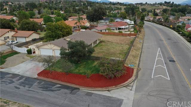 11990 Lasselle Street, Moreno Valley, CA 92557 (#302465520) :: Whissel Realty