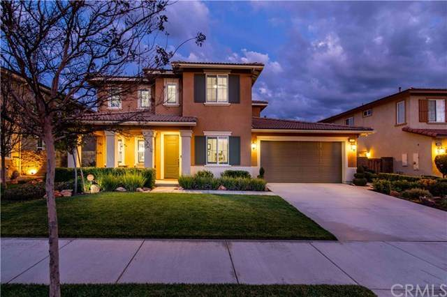 28408 Serenity Falls Way, Menifee, CA 92585 (#302468988) :: Keller Williams - Triolo Realty Group
