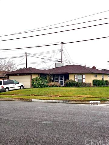 10688 Spruce Avenue, Bloomington, CA 92316 (#302470365) :: Keller Williams - Triolo Realty Group