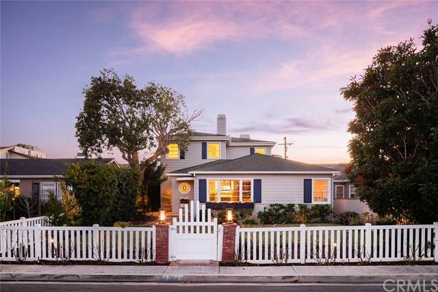 2809 Broad Street, Newport Beach, CA 92663 (#302474569) :: Whissel Realty