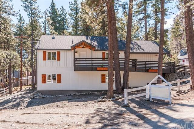 5875 Cedar Street, Wrightwood, CA 92397 (#302475181) :: Keller Williams - Triolo Realty Group