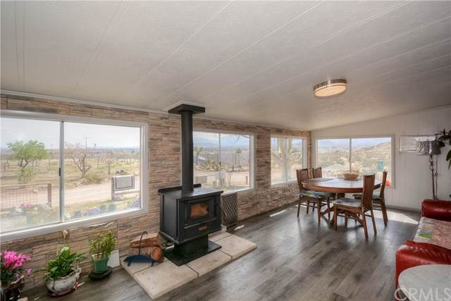 10982 Christenson Road, Lucerne Valley, CA 92356 (#302476306) :: Whissel Realty
