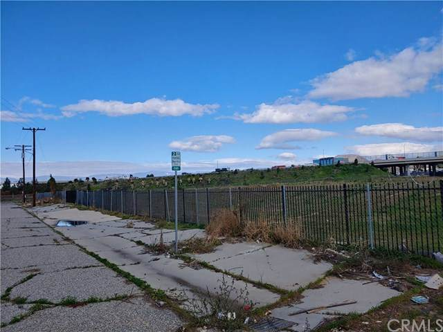 2620 Durahart, Riverside, CA 92507 (#302476965) :: Keller Williams - Triolo Realty Group