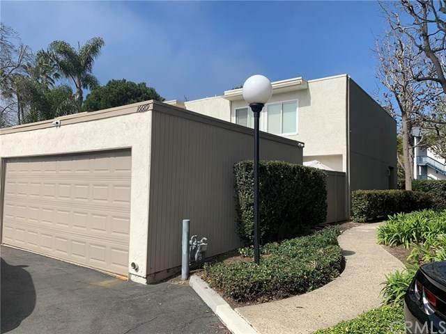 16689 Barefoot Circle, Huntington Beach, CA 92649 (#302477552) :: Keller Williams - Triolo Realty Group