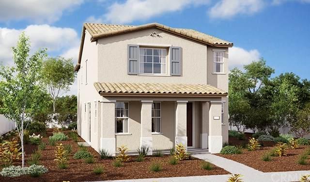1940 Hazel Olson Lane, Colton, CA 92324 (#302478156) :: Keller Williams - Triolo Realty Group