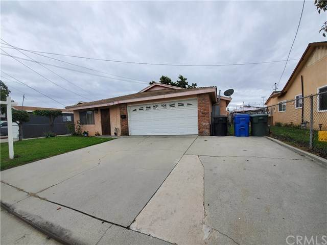 8320 Ackley Street, Paramount, CA 90723 (#302478257) :: The Stein Group