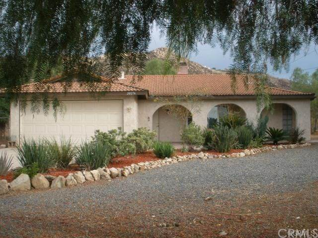 20276 Lounsberry Road, Perris, CA 92570 (#302478955) :: Keller Williams - Triolo Realty Group