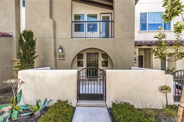 939 E Weaver, Anaheim, CA 92802 (#302480711) :: Cay, Carly & Patrick | Keller Williams