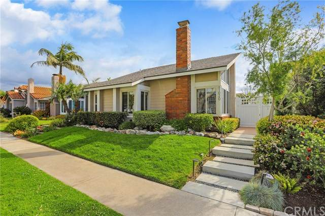 1020 Lake Street, Huntington Beach, CA 92648 (#302482776) :: Cay, Carly & Patrick   Keller Williams