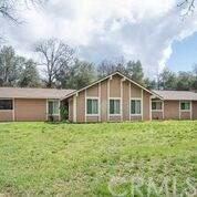 31898 Cherokee Road, Coarsegold, CA 93614 (#302485173) :: Farland Realty