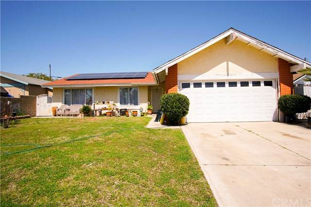 17170 Mesa Avenue, Fontana, CA 92336 (#302486376) :: Farland Realty
