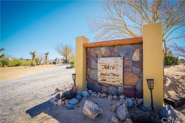 8979 Balsa Avenue, Yucca Valley, CA 92284 (#302486741) :: Keller Williams - Triolo Realty Group