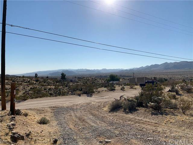 1234 Linda Lee, Yucca Valley, CA 92284 (#302489336) :: Keller Williams - Triolo Realty Group